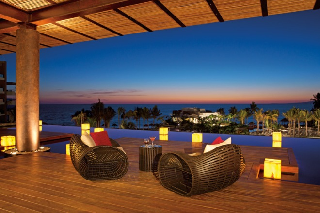 Secrets_Vallarta_Bay_Lobby_Terrace