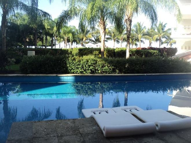 Thanks to Doug H. for this great shot of one of our swim-up suites at Secrets Aura Cozumel.
