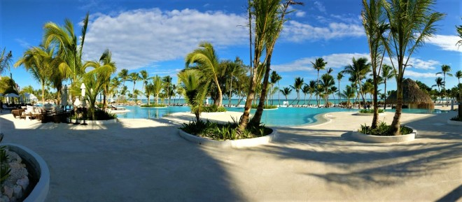 Beach & Pool_Secrets cap cana